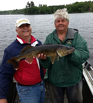 Hayward Wisconsin Walleye Fishing Guide