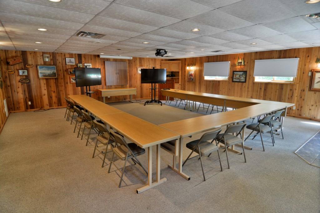 Grand Pines Resort And Motel 187 Business Meetings Hayward Wi